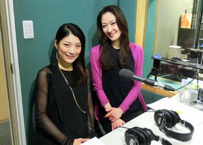 クラシックホワイエに枝並千花さんと須藤千晴さん