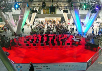 lfj2014の展示ホール ステージ